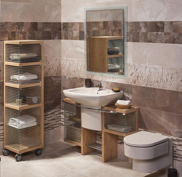 Jak urządzić łazienkę? Brązowa, mała łazienka